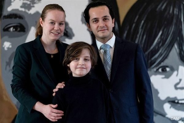 Lydia, Laurent en Alexander, voor een schilderij van Laurent en Alexander